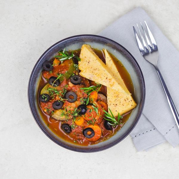 Polenta provençale et ratatouille aux légumes du sud