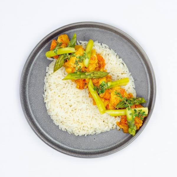 Rougaille poulet et asperges vertes, riz basmati